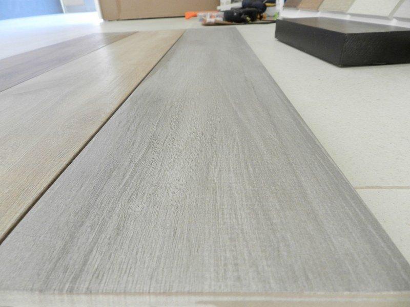 Pavimenti Effetto Legno Bianco : Gres porcellanato effetto legno ° scelta borgoceramica