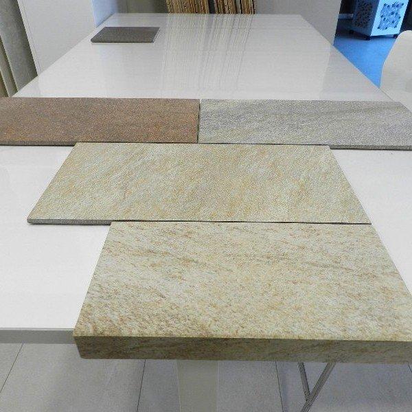 Per esterni pietra in pietra naturale per pareti esterne for Pavimento esterno effetto pietra