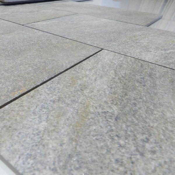 Esterni pietra good lastre mosaico in pietra per esterni for Micci peperino