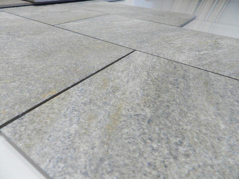Gres porcellanato effetto pietra rock r per esterni