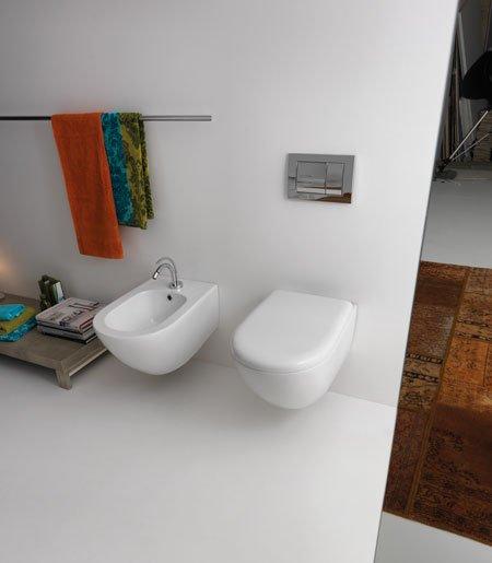 Sanitari Kerasan AQUATECH Vaso + Bidet sospeso filo parete p. 55cm